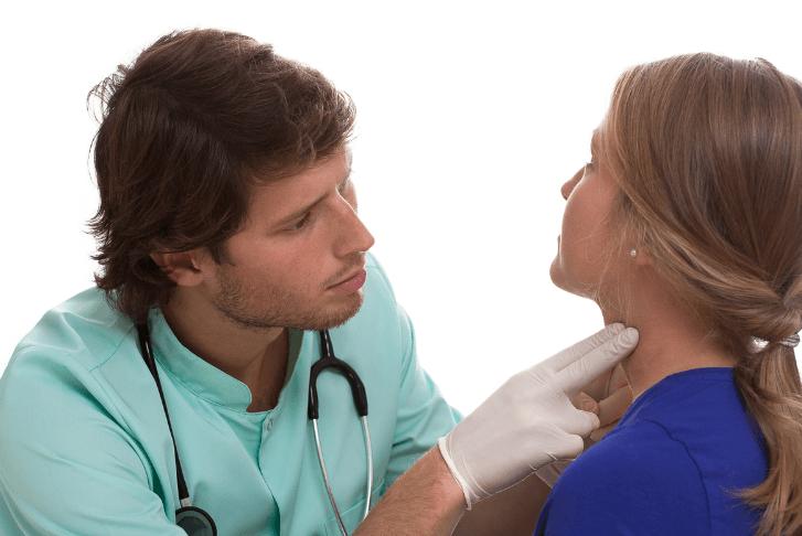 耳鼻咽喉科医師
