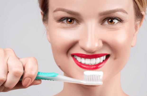 アメリカ人のホワイトニング歯磨き粉